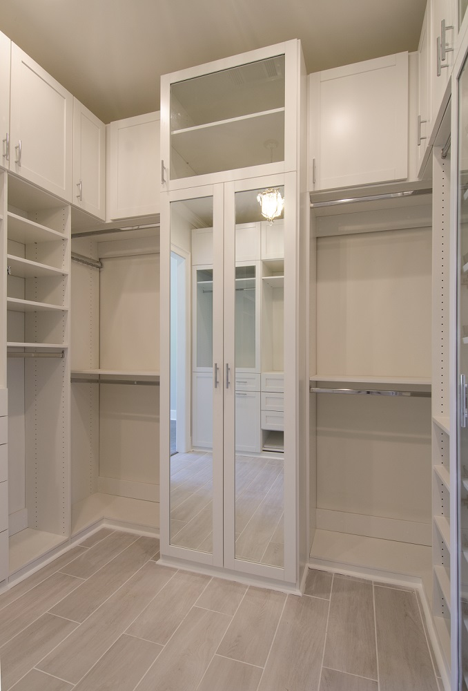 Custom Closet Units