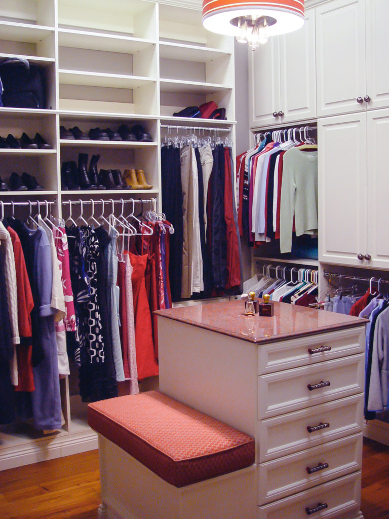 Women's Clothing Walk In Closet